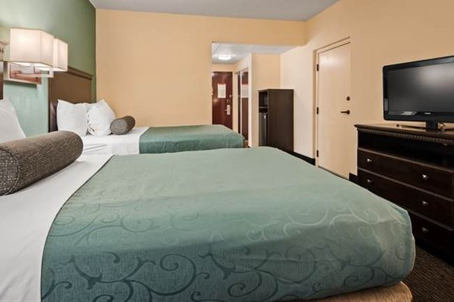 Traditional Double Rooms in Gainesville, Florida