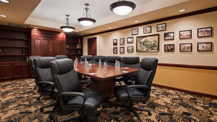 Image of our Meeting Space and Business Accommodations in Gainesville, Florida