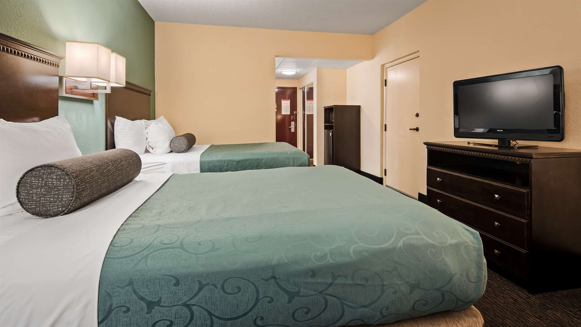 Hotel Double Bed Room Gainesville