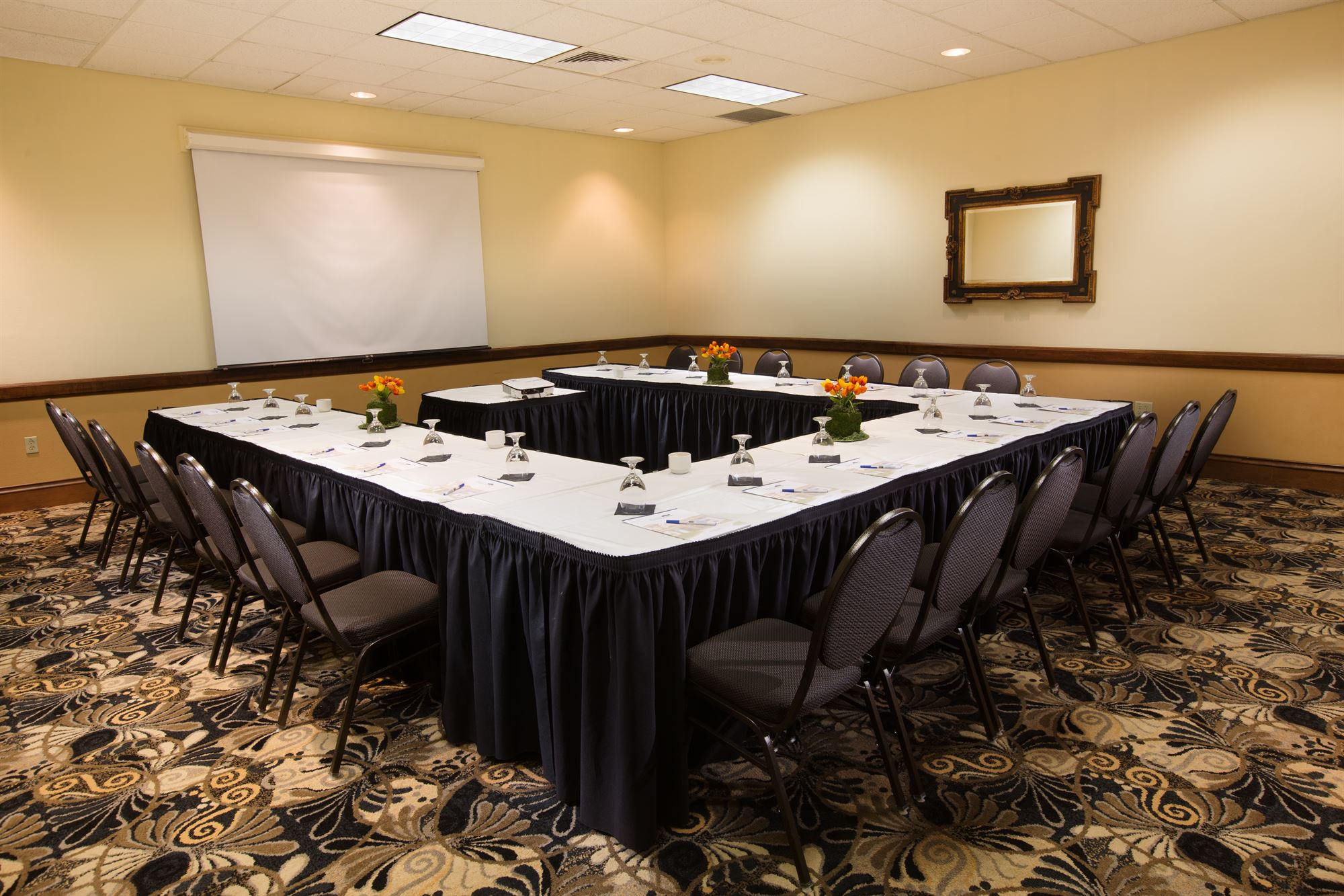 Hotel meeting space Gainesville